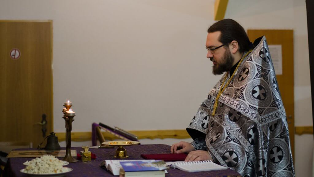 Direktor lagerya svyashhennik Aleksej Veselov 1024x576 - Участие в православном лагере Германии